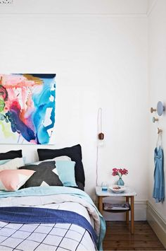 5 secrets to transform a small bedroom. Styling by Julia Green. Photography by @armellehabib.