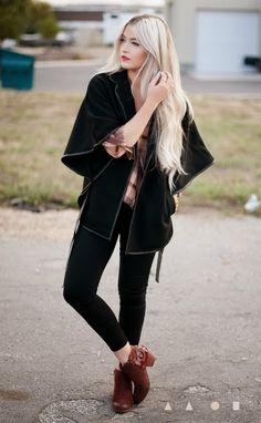 CARA LOREN - hair and outfit
