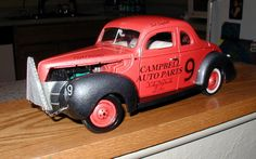 Custom Made 1:18 scale  1940 Ford Stock Car.