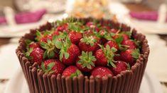 Çilekli pasta nasıl yapılır?