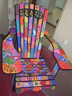 Love this painted chair Art Furniture, Funky Furniture, Colorful Furniture, Rustic Furniture, Furniture Makeover, Furniture Design, Plywood Furniture, Timber Furniture, Furniture Outlet