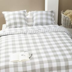1000 id es sur le th me couette vichy sur pinterest patchwork morceau de poulet et broderie. Black Bedroom Furniture Sets. Home Design Ideas