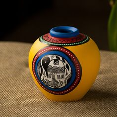 Terracotta Handpainted Warli Vase Matki Yellow 6 Inch Pottery Painting Designs, Pottery Designs, Paint Designs, Pottery Art, Bottle Painting, Bottle Art, Bottle Crafts, Worli Painting, Vase Crafts