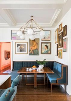 Dining Nook, Dining Room Design, Dining Room Inspiration, Home Decor Inspiration, Decor Ideas, Banquette Seating, Cheap Home Decor, Style At Home, Home Interior Design