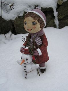 Holčička se sněhulákem (na objednávku) Snowman, Teddy Bear, Sculpture, Dolls, Outdoor Decor, Animals, Art, Puppets, Christmas