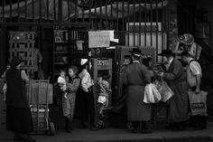Shopping for the holiday by Corot2  on 500px