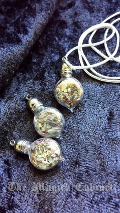 Spirit Communication Herbal Charm Necklace, Divination by TheMagickCabinet, $8.95