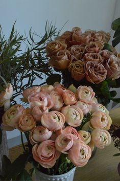 Ranunculus, Floral Wreath, Wreaths, Rose, Home Decor, Floral Crown, Pink, Decoration Home, Door Wreaths