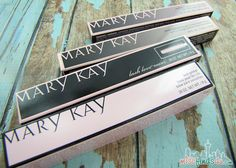 Holiday Makeup Looks: My Mary Kay Makeover @Mary Powers Kay #MKHolidaylook #MKTrend | Seattle Lifestyle Blog sponsored