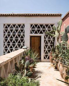 Midcentury boho rustic Beach House life+style