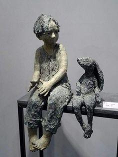 Pottery Sculpture, Sculpture Clay, Ceramic Figures, Ceramic Art, Ceramic Angels, Sculptures Céramiques, Art Folder, Paperclay, Art Installation