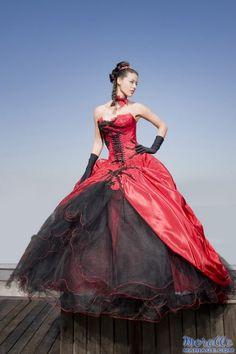 Robe mariee rouge et noire