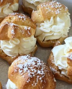Lionesas/ profiteroles, receta con Thermomix                                                                                                                                                                                 Más French Desserts, No Bake Desserts, Seafood Recipes, Mexican Food Recipes, Choux Pastry, Pan Dulce, Eclairs, Keto Meal Plan, Rice Krispies