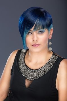 Nuanta denim este trendul verii 2016 #vospeapar #NuantatorPar #SamponColorant #SamponNuantator #Profihairshop Blue Hair, Hair Styles, Womens Fashion, Hair Plait Styles, Hair Makeup, Hairdos, Women's Fashion, Haircut Styles, Hair Cuts