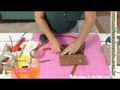 Hermes Kelly, Suitcase, Bags, Diy And Crafts, Gold Bags, Zip Purses, Makeup Pouch, Making Purses, Backpack Purse