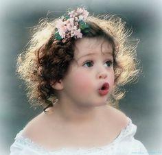 rowan likes her hair Precious Children, Beautiful Children, Beautiful Babies, Cute Kids, Cute Babies, Baby Kids, Baby Baby, Little People, Little Girls