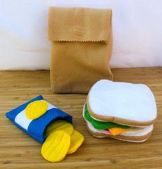 Felt sack lunch