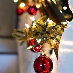Christmas Decorations For The Home, DIY Christmas Decorations, Christmas Crafts, Christmas Crafts For Kids To Make Christmas Crafts For Kids To Make, Christmas Decorations For The Home, Christmas Wreaths, Christmas Bulbs, Merry Christmas, Xmas, Holiday Decor, Diy Christmas, Days Till Christmas