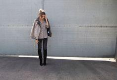 Ein cozy Casuallook für die Stadt auf einen Kaffee? Ich zeige Dir meinen Look einfach zum nachstylen! Herbst Winter Style Fashion Streetstyle Streetchic stylish blogger german fashionblogger grey love