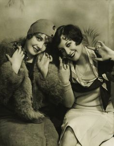 ▫Duets▫groups of two in art & photos - flapper girls duo, with Joan Crawford