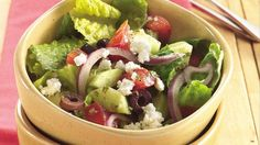 Enjoy this tasty salad made using veggies that is ready in 20 minutes – perfect if you love Greek cuisine.