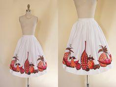 50s Skirt  Vintage Novelty Print Skirt  1950s Fruit by jumblelaya