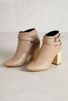 Anthropologie Tula Booties $350.00 - Buy it here: https://www.lookmazing.com/products/show/5407565?shrid=7_pin