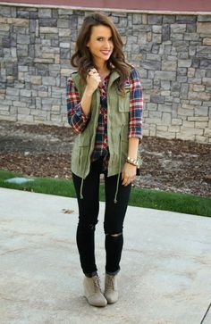 Here is Green Vest Outfit Pictures for you. Green Vest Outfit army green vest a cup full of sass. Green Vest Outfit outfit with outfits Winter Outfits 2019, Comfy Fall Outfits, Casual Outfits, Cute Outfits, Casual Wear, Cute Flannel Outfits, Summer Outfits, Fashion Moda, Look Fashion