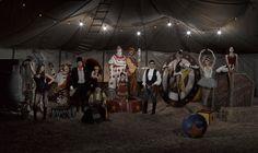 Modern Family 3 season Circus Wallpaper