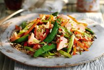 Salmon and wild rice salad – Recipes – Slimming World