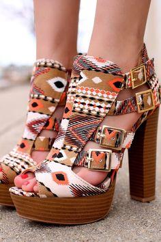 Soy yo o estos zapatos son preciosos ;)