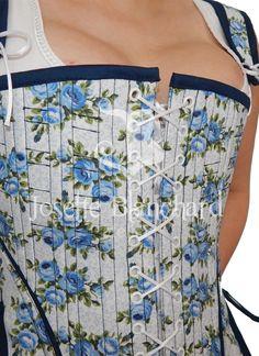 Ref.: CRO 1780 01.  Corset overbust estilo rorocó (réplica datada da década 1780) em algodão estampado com detalhes em vivos coloridos e viés combinando, com fechamento frontal  e traseiro por ilhóses e cordões. Site: http://www.josetteblanchard.com/  Facebook: https://www.facebook.com/JosetteBlanchardCorsets/  Email: josetteblanchardcorsets@gmail.com josetteblanchardcorsets@hotmail.com