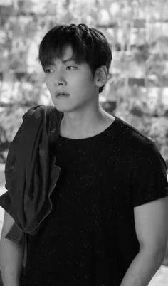 ❤❤ 지 창 욱 Ji Chang Wook ♡♡ that handsome and sexy look ..