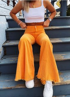 Pin on Cute Summer Outfits Ideas Pin on Cute Summer Outfits Ideas Teen Fashion Outfits, Mode Outfits, Retro Outfits, Look Fashion, 70s Fashion, Hippie Outfits, Petite Fashion, Korean Fashion, Fashion Tips