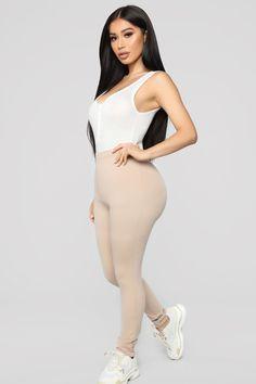 Liebe dieses Becken – Weiß - Victoria's Secret: The Sexiest Bras, Panties, Lingerie, Sportswear Fashion Week, Cute Fashion, Men's Fashion, Fashion Outfits, Classy Women, Sexy Women, Women Wear, Black Women, Sexy Dresses