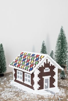 DIY Gingerbread house made from beads (free template). How to make a cozy DIY Christmas decoration for your home by Søstrene Grene