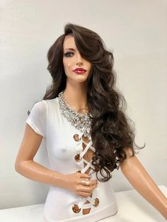 Nikki Bella Hair brown wigs in all shades, highlights, ombre'. Loose Curls Hairstyles, Celebrity Hairstyles, Hairstyles With Bangs, Straight Hairstyles, Wig Styles, Curly Hair Styles, Blonde Sombre, Human Lace Wigs, Brazilian Lace Front Wigs