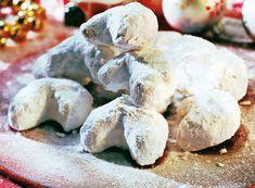 Γλύκισμα που παρασκευάζεται από αλεύρι, βούτυρο, αμύγδαλα κατά περίπτωση και είναι πασπαλισμένο με άχνη ζάχαρης. Έλκει την καταγωγή του από την Περσία...