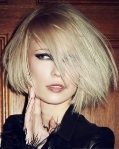 Today i will talk about bob haircuts for thin hair.The best way to create thicker hair look is bob haircut.Here are 24 elegant bob haircuts Medium Long Hair, Medium Hair Cuts, Short Hair Cuts, Medium Hair Styles, Long Hair Styles, Blonde Bob Hairstyles, Thin Hair Haircuts, Hairstyles With Bangs, Cool Hairstyles