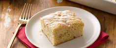 Overnight Eggnog Streusel Coffee Cake - this coffee cake is made, it's stored in the fridge until you're ready to bake it the next day. Frozen Desserts, Just Desserts, Sweet Desserts, Egg Nog Bundt Cake Recipe, Eggnog Coffee, Streusel Coffee Cake, Coffe Cake, Eggnog French Toast, Christmas Baking