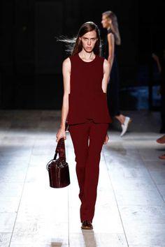 Victoria Beckham Spring 2015 Ready-to-Wear Runway - Victoria Beckham Ready-to-Wear Collection