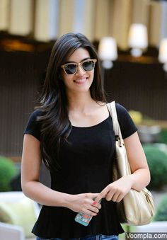 Kriti Sanon spotted in Dubai. via Voompla.com