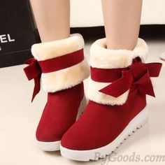 <3 Super Cute Red Warm Winter Snow Booties with White Cream Fur amd Red Bow <3