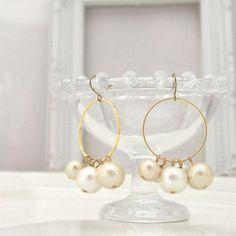MiyabiGrace: Classy Grape Cotton Pearl Earrings, Titanium Earrings for Sensitive Ears,Wedding Pearl Earrings, Bridal Pearl Earrings, Hoop Pearl Earrings コットンパールピアス #CottonPearl #CottonPearlEarrings #Earrings #HoopEarrings #GrapeEarrings #PearlEarrings #WeddingPearlEarrings #BridalPearlEarrings #BridesMaidPearlEarrings #WhitePearlEarrings #コットンパールピアス