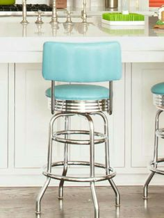 ideas for adding color to your home Retro Stools These diner-style stools from a restaurant supply store are re-covered in blue vinyl.Retro Stools These diner-style stools from a restaurant supply store are re-covered in blue vinyl. Retro Home Decor, Vintage Decor, Kitchen Stools, Kitchen Decor, Retro Bar Stools, Kitchen Ideas, Painted Bar Stools, Retro Diner, 1950s Diner Kitchen