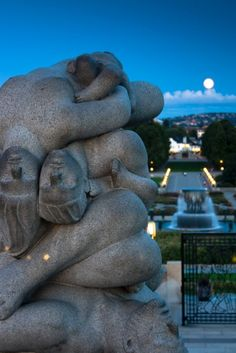 The Vigeland Sculpture Park | Oslo, Norway  the most beautiful park ive ever been to