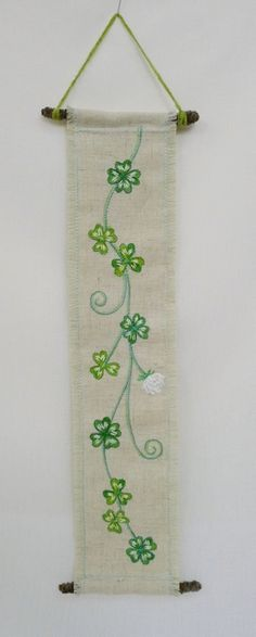 hanging no.8  needlework art Ⓒ Nagako Ono HAPPa_Ya #art #plants #hanging #clover