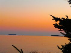 Reid State Park is a great place to visit in the midcoast Maine area. Long, wide sandy beaches and beautiful views.