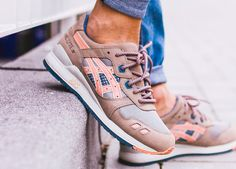 Asics gel lyte III – Sweetsoles – Sneakers, kicks and trainers. Cute Shoes, Me Too Shoes, Sneaker Games, Baskets, Dream Shoes, Gym Wear, Mode Style, Shoes Outlet, Designer Shoes