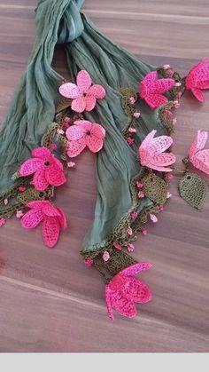 Tunney's Pasture Tunic pattern by Jennifer Ozses - Louisa Crochet Flower Patterns, Crochet Designs, Crochet Flowers, Crochet Game, Mode Crochet, Knit Vest Pattern, Diy Scarf, Hand Embroidery Designs, Fabric Jewelry